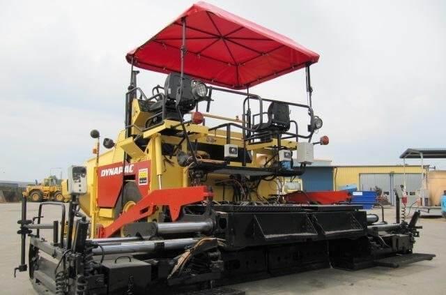 Асфалтополагаща машина Dynapac F 12 4W